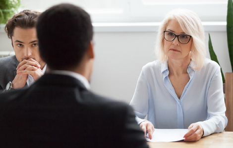 Things to Consider Before Hiring a Lawyer